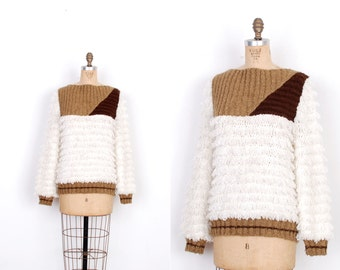 Vintage 1980s Sweater / 80s Chunky Colorblock Loopy Sweater / White and Brown (M L)