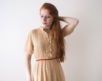 Creamy frilled tulip Japanese vintage dress, xs - small