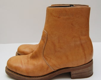 Vintage mens tan leather side zip heeled boots / Cowboy / Durango
