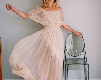 Vintage BOHO CHAMPAGNE Off the Shoulder Victor COSTA Dress Wedding Gown (xs-s)