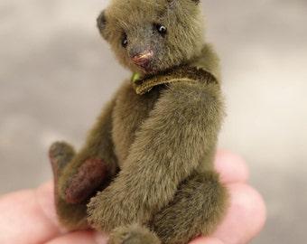 Mclary, Green Mini Miniature Artist Teddy Bear by Aerlinn Bears
