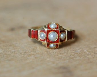 Antique Victorian 1850s red enamel compartment ring with pearls ∙ 18KT Romantic Period ring