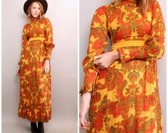 1970's Boho Maxi Dress / 70's Long Gown / Long Sleeves High Neck / Fall / Small