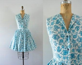 1960s Vases & Clocks novelty cotton dress / 60s french boudoir