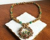 Christmas Wreath Necklace // Christmas Necklace, Holiday Necklace // with adjustments