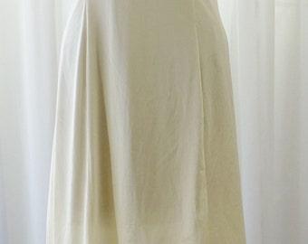 Lady Romance Yellow Six Gore Full Slip Gorgeous White Lace Bodice Hemline c. 1960 Size 1X