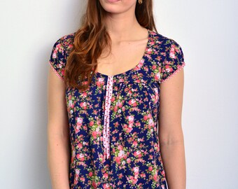 blue summer blouse with flowers by STADTKIND
