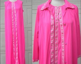 Vintage Nightgown Robe Peignoir Set Hot Pink & Silver Lorraine 100% NYLON Jersey MEDIUM to Large