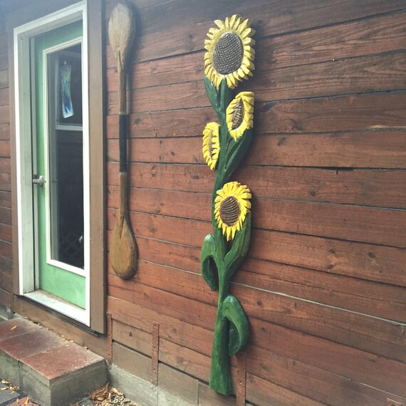 Garden Sunflower Wall Decor : Items similar to sunflower ft chainsaw wooden flower