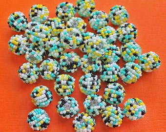5 Beaded Beads 15mm Covered With Woven Seed Beads Incredible Detailing - BD017