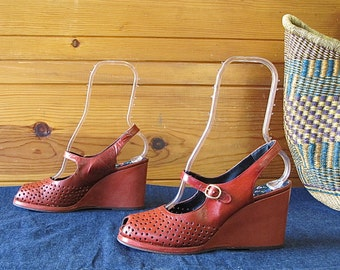 Vintage 1960's Rust Perforated Wedges | Incredible d'Miguel | Made in Spain | Size 8M