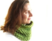 Green Chunky Cowl - Cozy Textured Scarf - Hand Knit - Ready to Ship