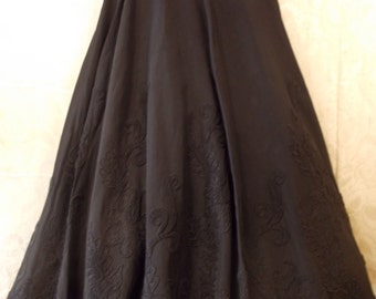 Vintage taffeta full skirt with corded decoration