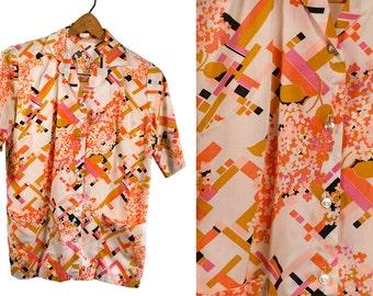 Vintage VTG VG 1960's 60's Prairie Home Retro Hipster Mod Women's Button Up Lightweight Shirt Flowers Lilacs Geometric Pink Peach Women's