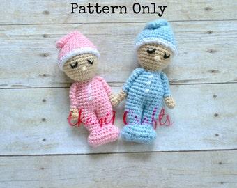 Crochet Pattern, Sleepy Baby Doll Rattle