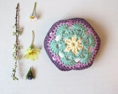 pincushion, crochet African flower pincushion