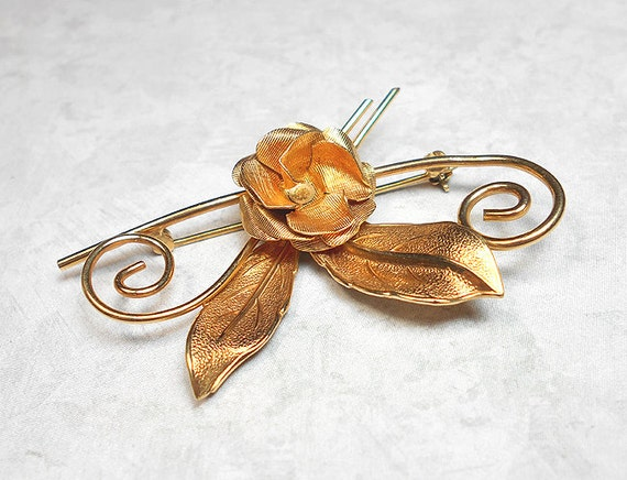 Vintage Brooch, Rose Brooch, Flower Brooch, 12KT GF Gold Filled, Winard Signed, Floral Jewelry, Mid Century, Flower Pin, Rose Pin, Curled
