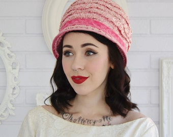Vintage Pink Raffia Hat with Velvet Trim and White Fabric Flowers