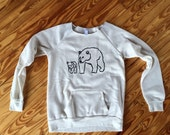 SALE sweatshirt, Bear Shirt, Size Large