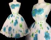 RESERVED~~~~~Vintage 1950s Dress | Floral Dress | Full Circle Dress | 1950s Party Dress | 50s Dress |
