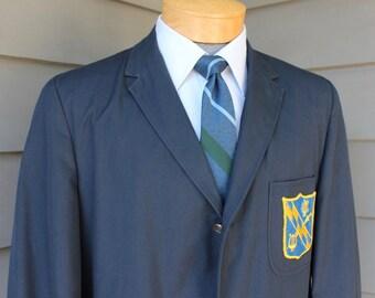 vintage 1960's Men's narrow lapel Blazer. Navy Blue - Collegiate Trad.  Sack - Natural shoulder - Patch pockets with Crest. 41 Long.