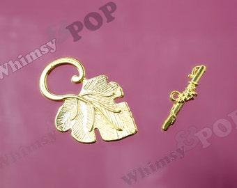Gold Tone Leaf Toggle Set Findings, Toggle Set, Bracelet Findings, 22mm x 37.5mm (R9-024)