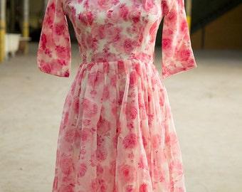 1950s Elegant pink chiffon floral 50s dress