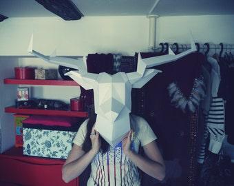 White Foldeer - Deer Head Paperboy