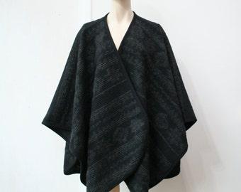 SUPER SALE Black wool poncho, blanket poncho, mid length chunky wool poncho, black poncho, black blanket