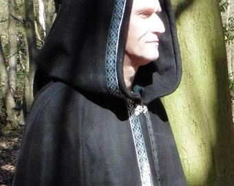 Legendary Celtic Knot Trimmed Pointed Hood Fleece Cloak / Cape - Unisex Large - All Black