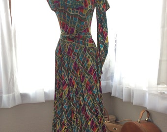 ABSOLUTELY AMAZING 1940s NOVELTY print sequined full length dress