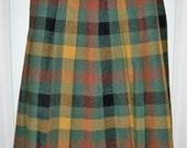 Vintage 1960s Ladies Green & Gold Tartan Plaid Wool Skirt Medium Size 10-12 Only 7 USD