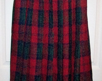 Vintage Ladies Red & Navy Tartan Plaid Pleated Wool Skirt by Pendleton Size 6 Only 11 USD