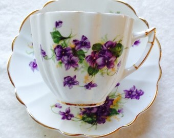 Beautiful Victoria C & E Violet Vintage Teacup