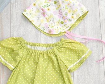 Reversible Baby Bonnet, Sun Hat, Modern Fit Bonnet, Retro, Vintage. Size 12/18 Months READY to SHIP, Rose and Ruffle