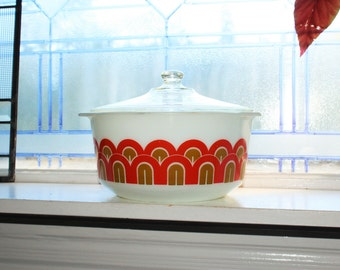 Pyrex Designs Pattern 3 Qt Casserole with Lid Art Deco Arches Vintage 1970s