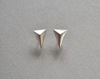 Sterling Silver Spike Stud Earrings, Mens Earrings, Pyramid Earrings, Triangle Earring, Edgy Stud Earrings, Tribal Minimal Earrings