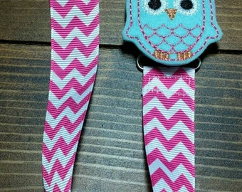 Baby Girl Owl PACIFIER CLIP-Owl Binky Saver-Baby Paci Clip-Hot Pink Chevron Ribbon Pacifier Clip-Girl Binky Holder-Baby Accessories-ITEM#320