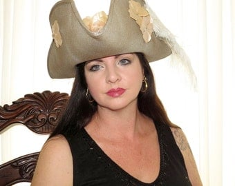 CAPTAIN HENRIETTA Lady Pirate Style Headdress Hair Adornment Champagne