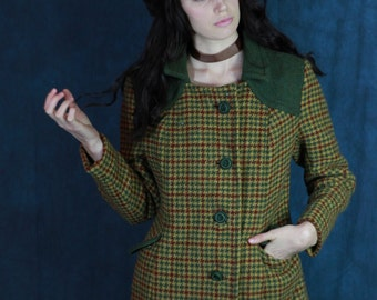 Vintage plaid tartan hacking jacket / 60s mod carnaby street retro checked tweed wool coat / fall colours with moss green contrasting trims