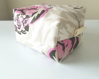 Limited Edition Anna Maria Horner Modern Makeup Bag - Makeup Bag - Cosmetic Bag - Large Makeup Bag - Waterproof Bag - Bridesmaid Gifts