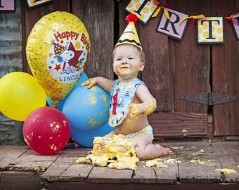 Boys 1st Birthday Hat - Charlie Brown Birthday - Peanuts Party Hat & Bib Set - Personalized - Photo Prop