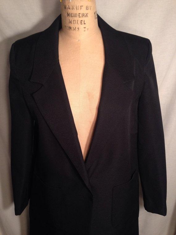 Vintage 70s Black Polyester Suit Blazer and Skirt t11