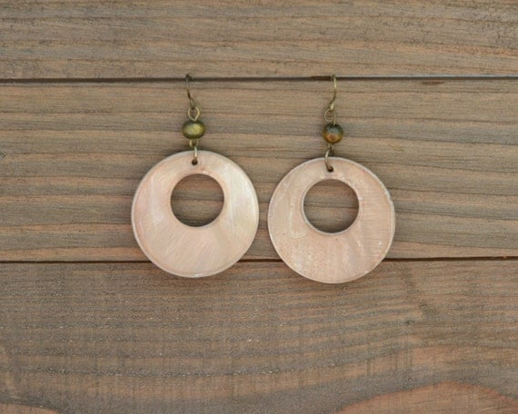 LAST ONE - Large Round Disk Earrings - Mother of Pearl Dangle Earrings - Round Disc Earrings - Light Brown Shell Earrings - Natural Earrings