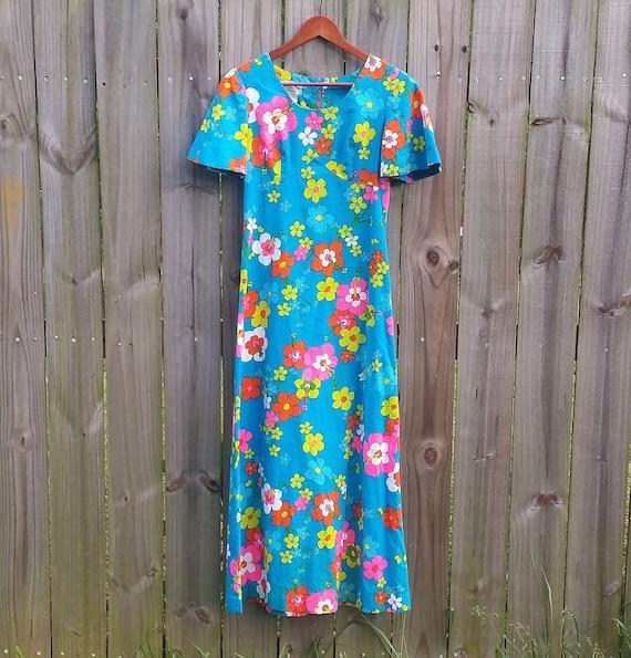 S M Small Medium Vintage 60s 70s 100% Cotton Floral Psychedelic Trippy Festival Boho Barkcloth Nei Honolulu Hippie Maxi Hawaii N Dress