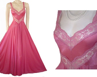 Vintage Olga Bodysilk Nightgown Spandex Lace Chevron grand sweep designer nightgown bodysilk nightgown spandex nightgown olga nightgown