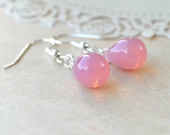 Pink Dangle Earrings, Teardrop Earrings, Pink Bridesmaid Jewelry, Simple Drop Earrings, Opalescent Pale Pink Earrings, Glass Bead Earrings