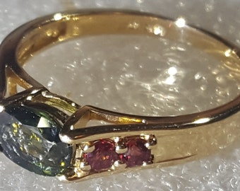 Very Rare Green And Pink Sapphires 14k Ring Size 8