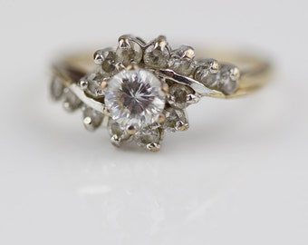 9ct Gold CZ Clear Cut Cluster Ladies Ring Raised Twisted Top UK P 1/2  US 8 Needs Fixing