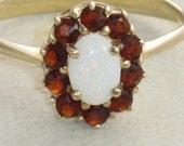 Vintage Solid 14k Gold Garnet & Opal 0.55ct Cluster Ring Sz 10